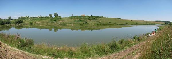 водойма в селі Півче