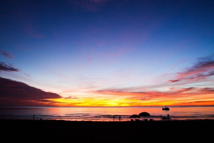 Sunrise on vietnam beach