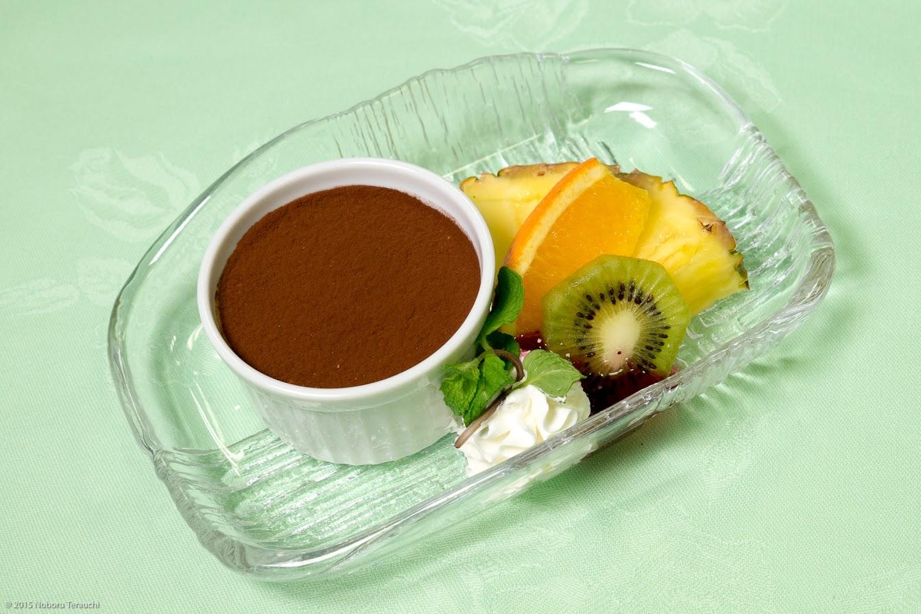 水菓子:ティラミス フルーツ(オレンジ パイナップル イチゴ)ミント