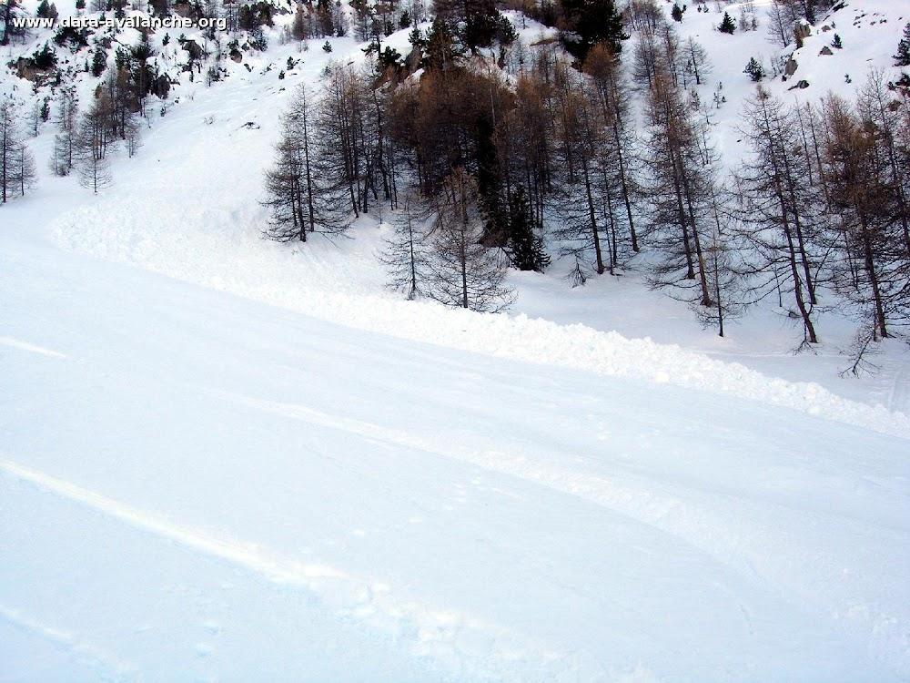 """Avalanche Queyras, secteur Pic de Guillestre, crête séparant """"le Vallon"""" du vallon de Bramousse entre les points 2369m et 2489m - Photo 1"""