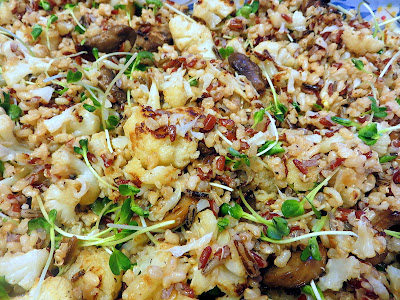 Quinoa with Roasted Cauliflower and Mushrooms Recipe: Quinoa with Roasted Cauliflower and Mushrooms