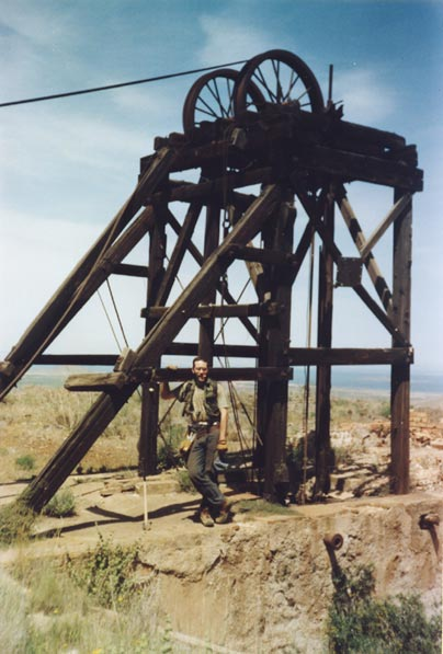 Castillete de mina Catón en 2001