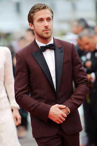 Ryan Gosling, en traje