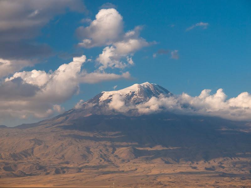 L'Ararat vist des de Doğubeyazıt