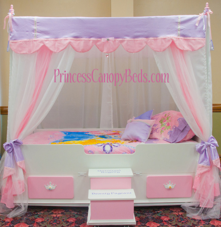 princess canopy beds march 2011. Black Bedroom Furniture Sets. Home Design Ideas