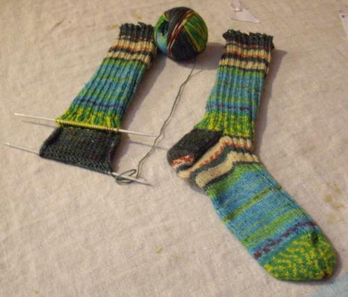 Joybilee Farm: Part 3 -- Opal Sock Tutorial/Knit Along -- The Heel