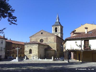 iglesia mercado plaza grano, leon