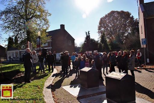 burgemeester plant lindeboom in overloon 27-10-2012 (9).JPG