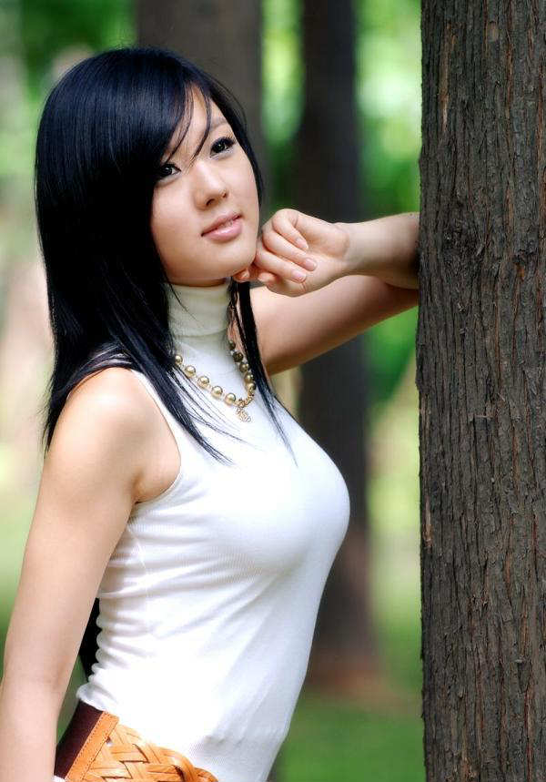 charming cute korean models