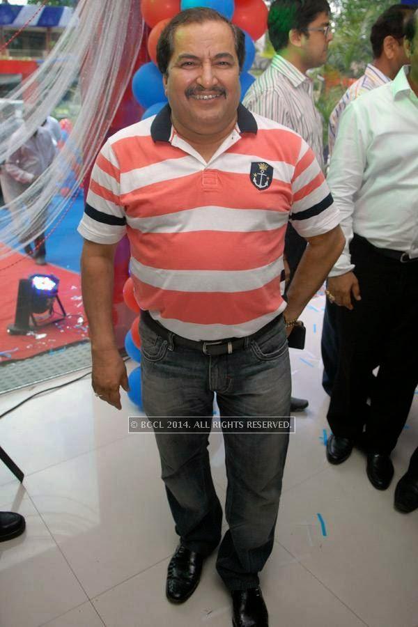 Shyam Dewani at Vishal Barbate's do at Nag road in Nagpur.