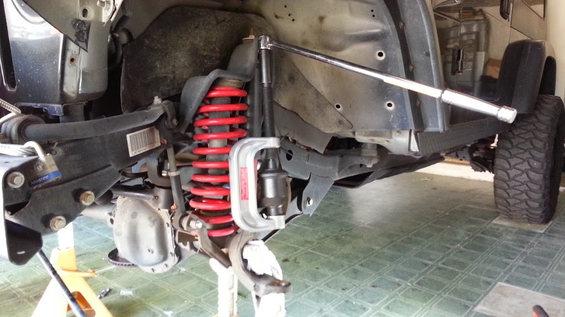 New ball joints, WJ steering, and hubs => perfect steering