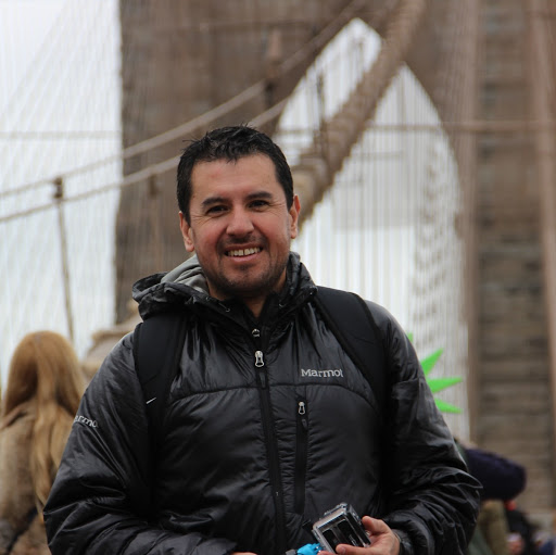 Antonio Benavides Photo 22