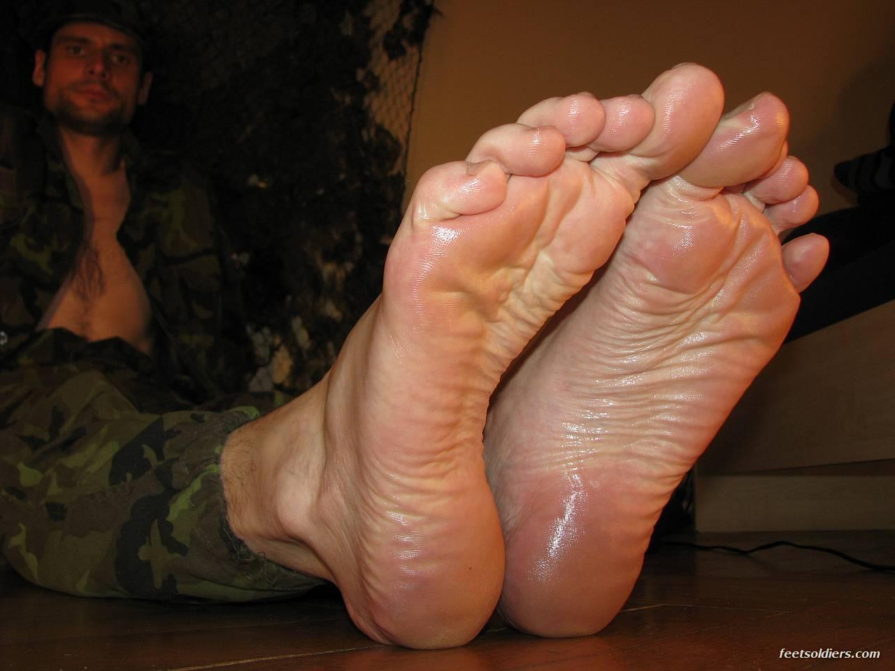 annunci piedi maschili uomini gay brescia