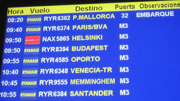 ライアンエアーでバルセロナからフランス・ボーヴェ空港へ飛ぶ