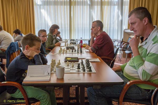 Wessel Adema (links) tegen Michiel Meeuwsen