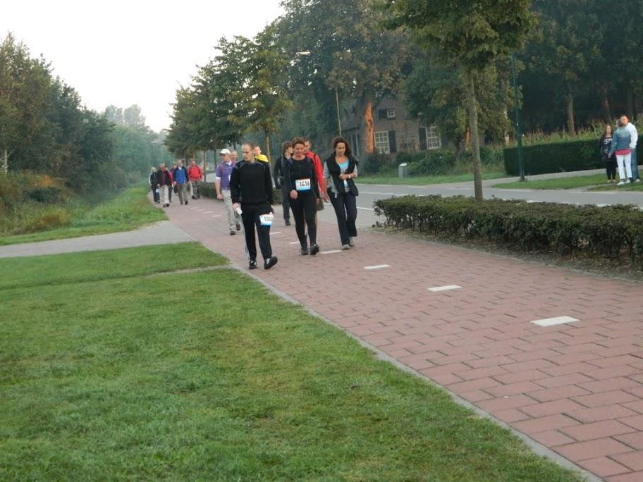 80km van de Langstraat (marche Kennedy Waalwijk)14-15/9/2013 DSCN3466