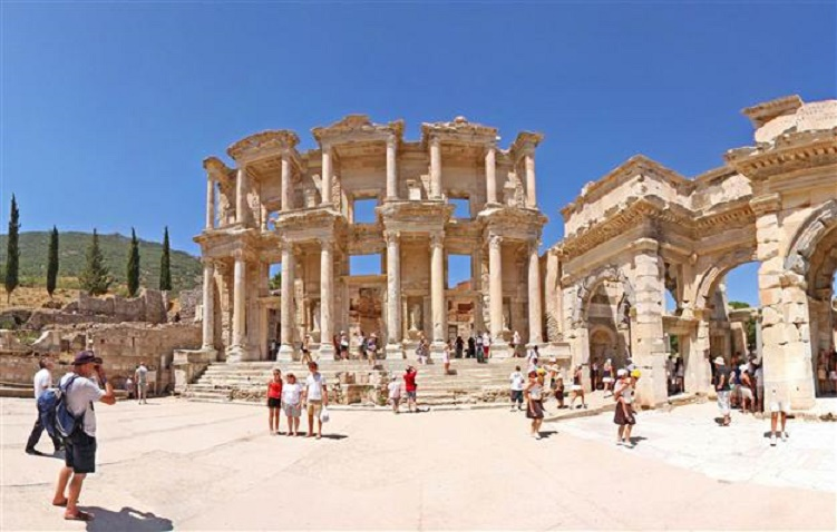 Near East: Ephesus added to UNESCO World Heritage list