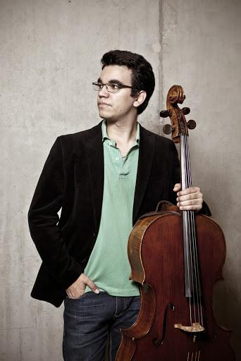 Rolando Fernandez