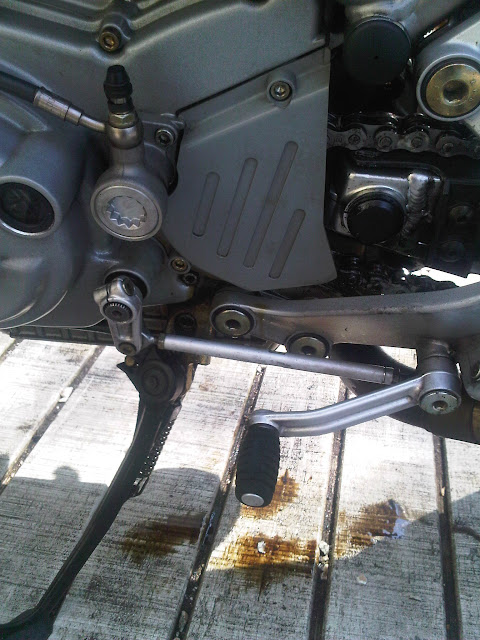 Leaking Oil - Part II - Ducati Monster Forums: Ducati Monster
