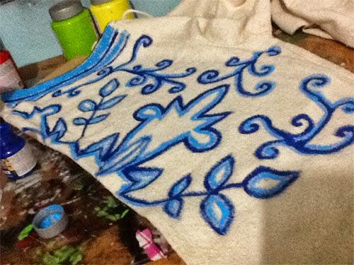 customização de calça com estampa de azulejo