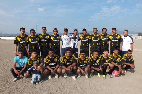 Equipo Dorados del torneo de primera fuerza de la Liga Municipal de Futbol Soccer.