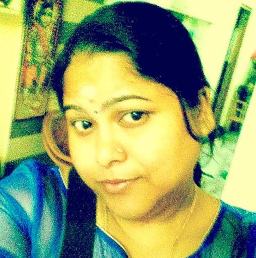 Radhika Iyer Photo 26