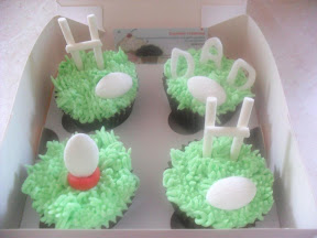 Rugby Cupcake