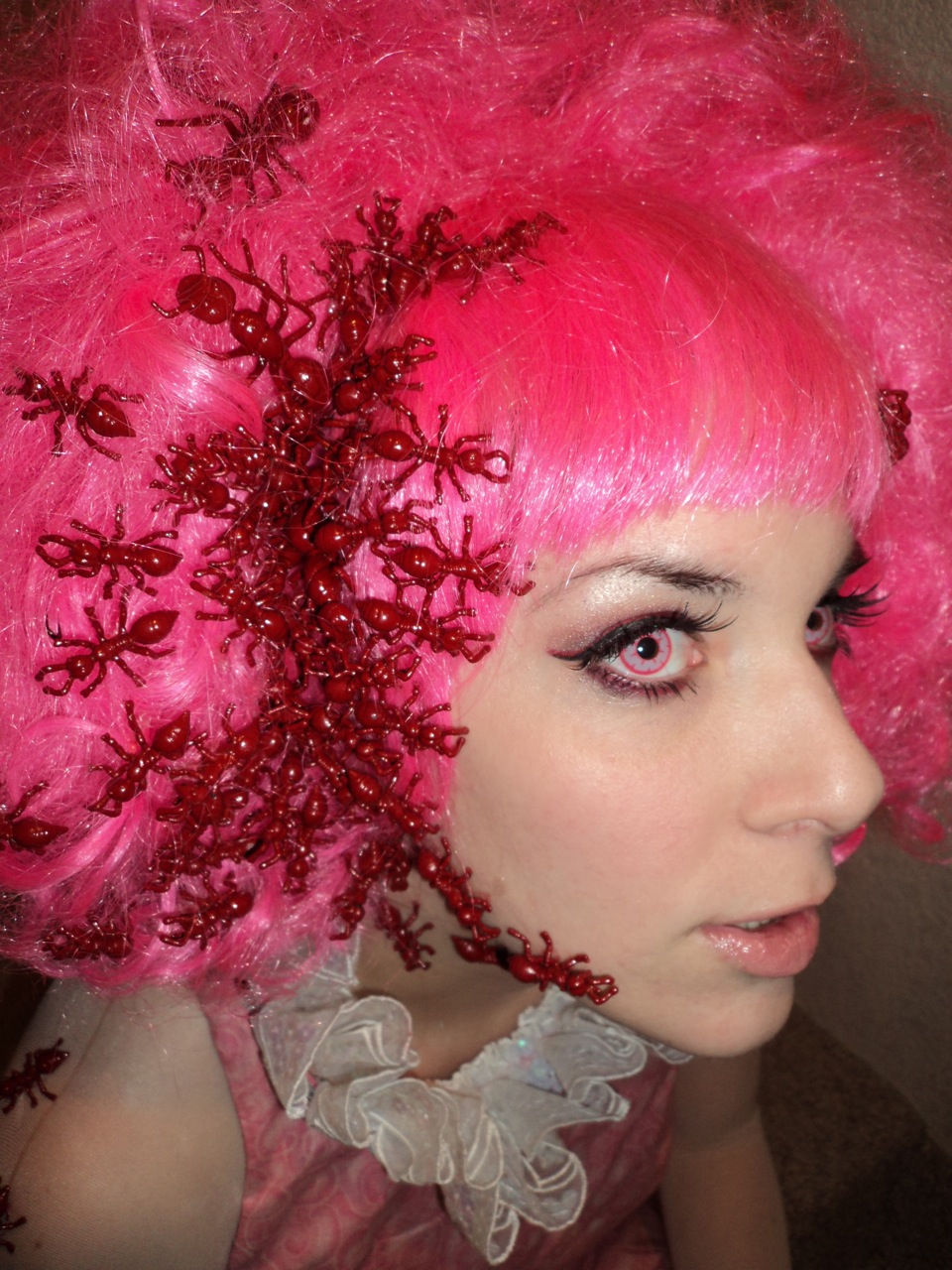 Cheerleaders Sport World: Funky Pink Hair Style - Cheerleader Hairstyles