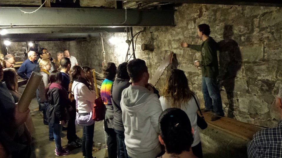 tour of Seattle Underground