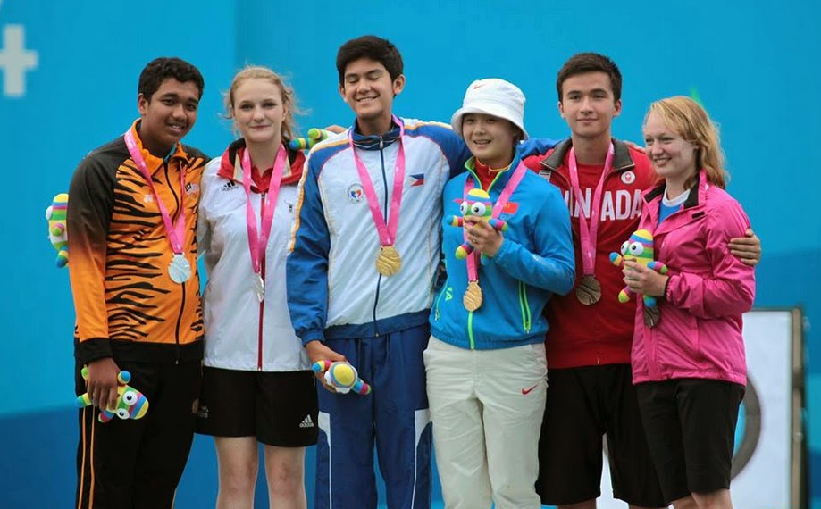 Gabriel Luis Moreno Wins Gold in Youth Olympics Games