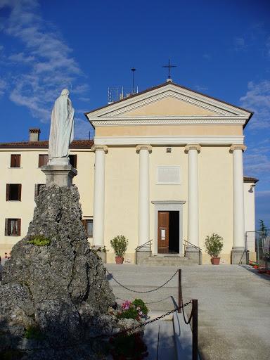 Il Santuario della Madonna di Rocca (Cornuda)