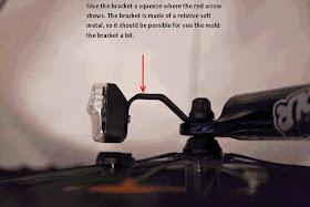Luz delantera, imposible de ajustar, con las instrucciones los fabricantes escribieron sobre la imagen que les enviamos