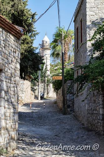 Eski Datça sokaklarında