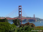 Golden Gate Bridge seen from the parking lot across the Vista Point.