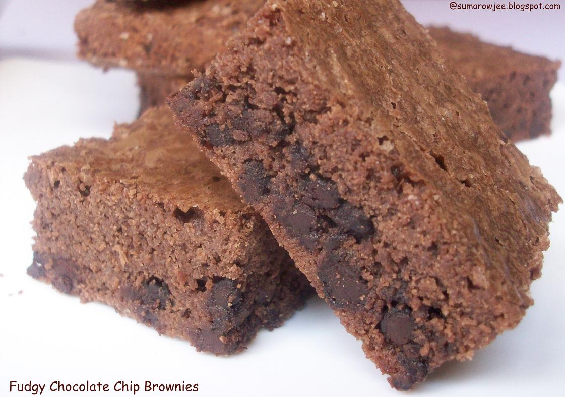 Cakes And More!: Fudgy Chocolate Chip Brownies