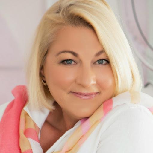 Liz Whitton Photo 2
