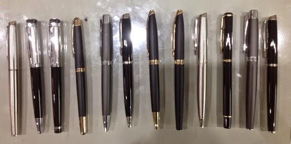 Công ty sản xuất xuất viết kim loại, viết bi, viết nhựa, viết làm quà tặng, in logo lên các loại viết theo yêu cầu