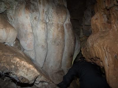 Interior de la cova del Codó