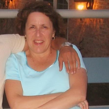 Faye Mitchell Photo 18