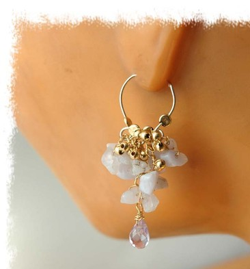 Adorable bride earrings