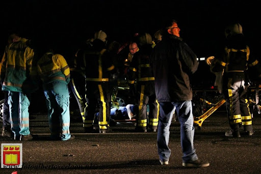 Automobilist gewond bij eenzijdig ongeval op de grens overloon venray 11-12-2012 (8).JPG