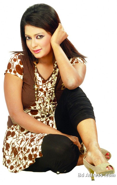Bangladeshi Actress Sompa