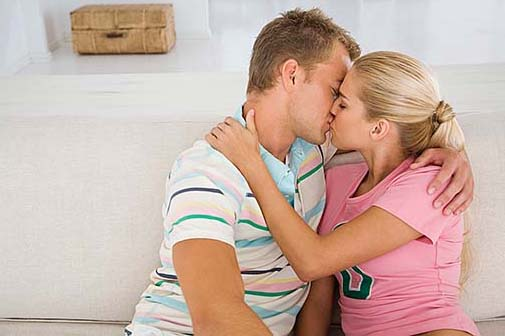 Online Love Tips Make Your Romantic Life Successful Image
