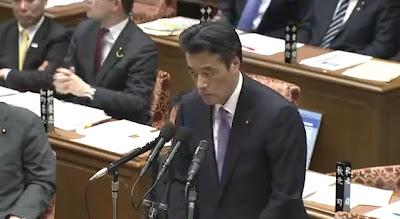 野田政権、海自の尖閣警備に縛り 岡田氏ら「中国艦艇が近づくと後退」や「スクランブルの規制」指示