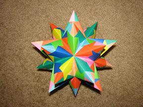 Paolo Bascetta's Stellated Dodecahedron: http://geocities.com/jordimastrullenque/sonobe/tornillo.html#torinstru
