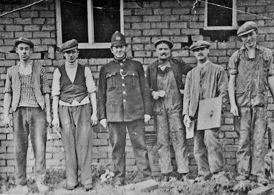 Albert Vaughan, Charles Shepherdson, PC Taylor, Harry-Joe Owen, ?