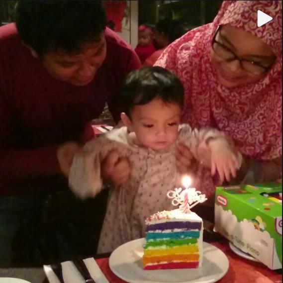 Kejutan hari lahir Adam anak kepada pasangan Ruby dan Saiful.
