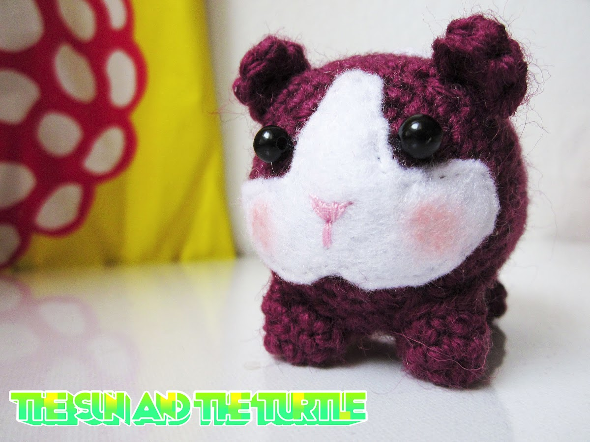 Amigurumi guinea pig free crochet pattern | The Sun and the Turtle