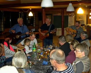 Peter, Klaus og Ole spiller op