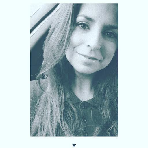 Daniela Simoes Photo 17